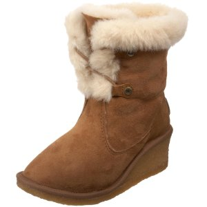 443add1295f Ugg Boot Faceoff! EMU, Whooga, UGG Australia, BEARPAW & More ...